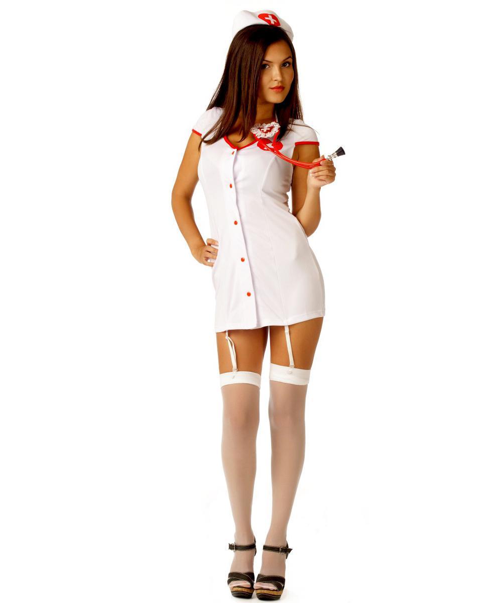 Гигантский белый член в пизде черной медсестры